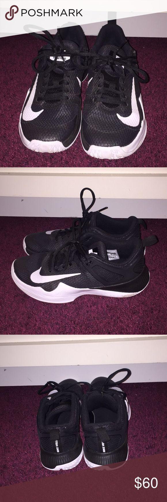 Nike Volleyballschuhe Meist Brandneu Fur Eine Saison Getragen Nike Schuhe Athletic Fashionmodel Fashio Nike Volleyball Shoes Volleyball Shoes Nike Volleyball