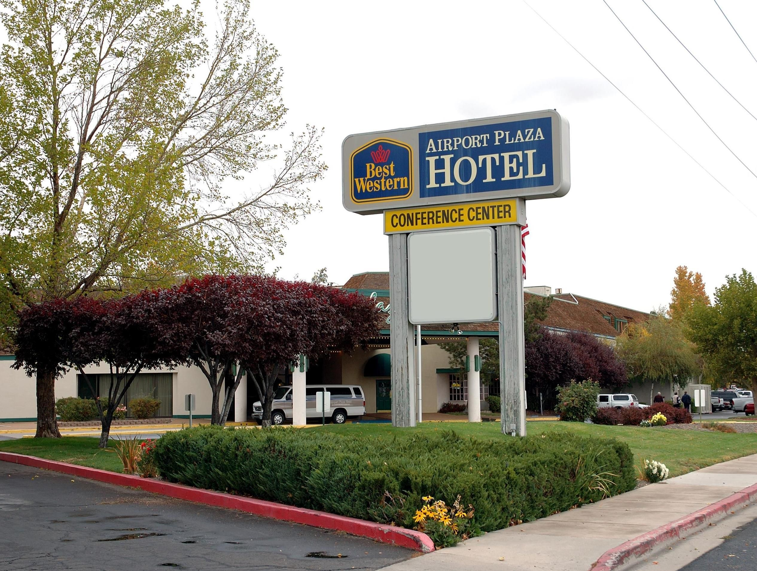 Reno Nv Best Western Airport Plaza Hotel In United States North America