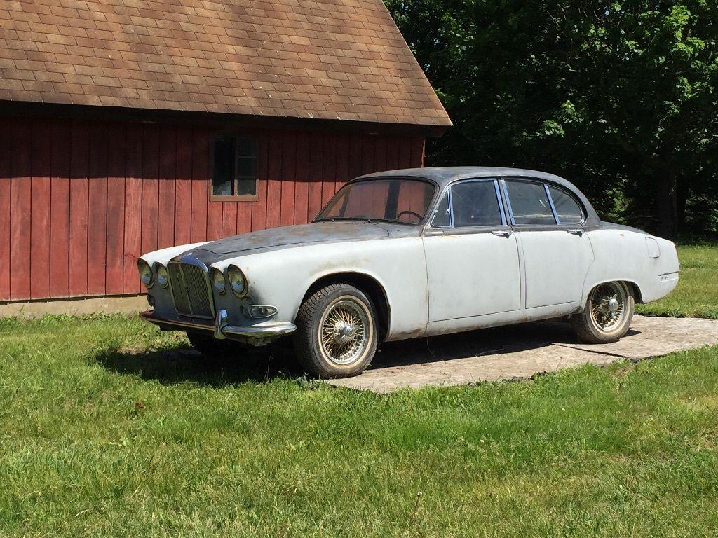 http://auctioncars.online/product/automotive-model-auctionedjaguar