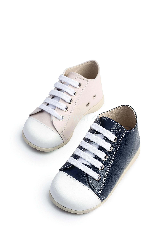 506e1393b0f Βαπτιστικό παπούτσι Babywalker για αγόρι από συνθετικό δέρμα σε αποχρώσεις  μπλε και εκρού.
