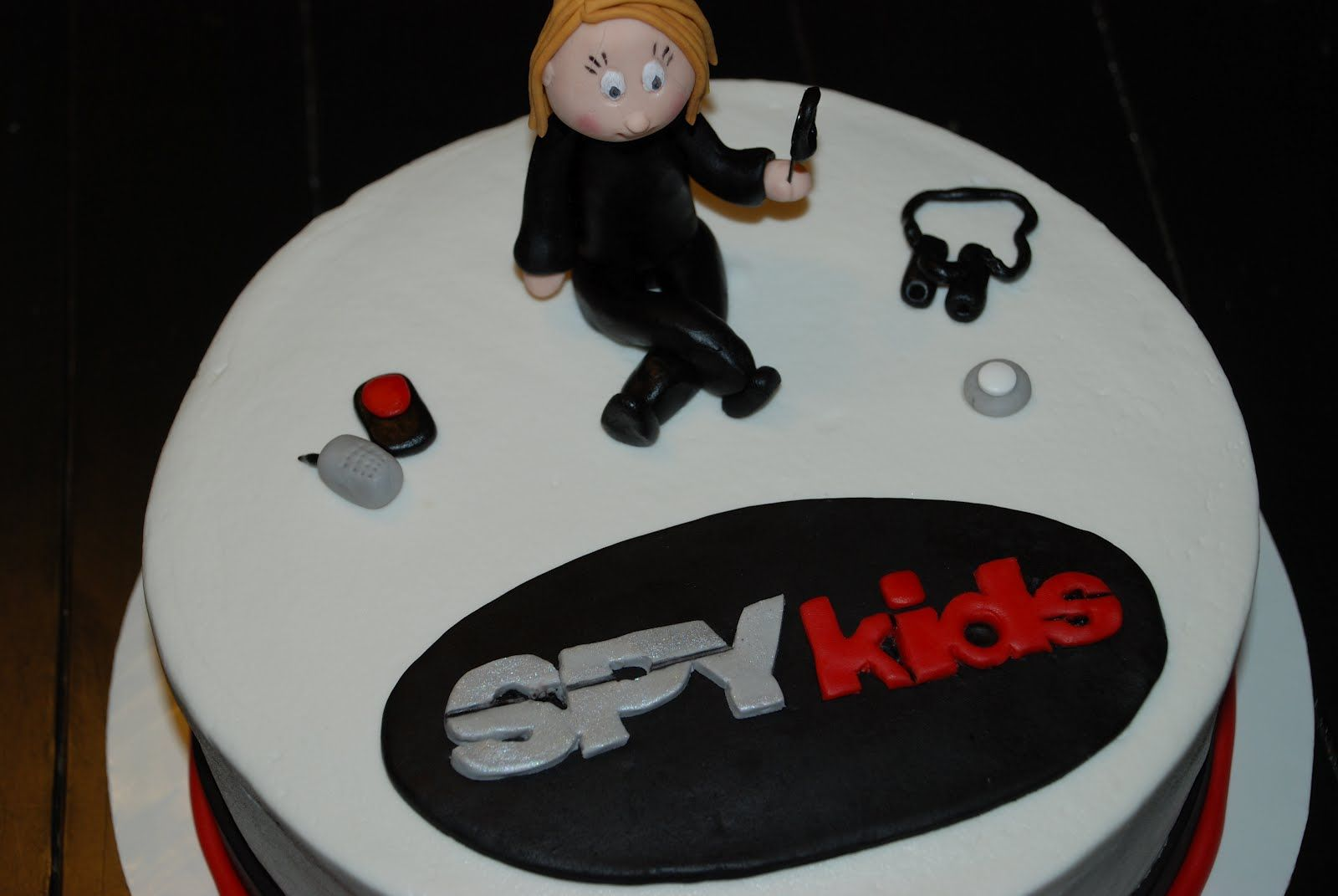 Spy Birthday Party Cake Ideas Spy Kids Spy Birthday Cake A