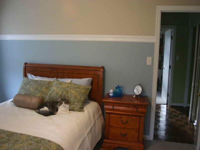 Bedroom Paint Ideas Two Colors mid-wall trim to space dual color | my dream home!! | pinterest