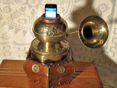 Steampunk smartphone speaker