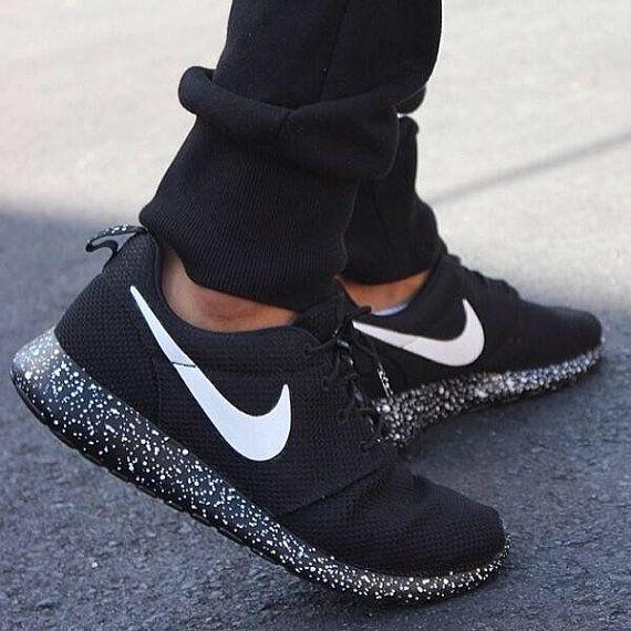 Benutzerdefinierte Oreo Roshe Run Handbemalt Schwarz Weiss Nike Schuhe Schuhe Damen Susse Schuhe