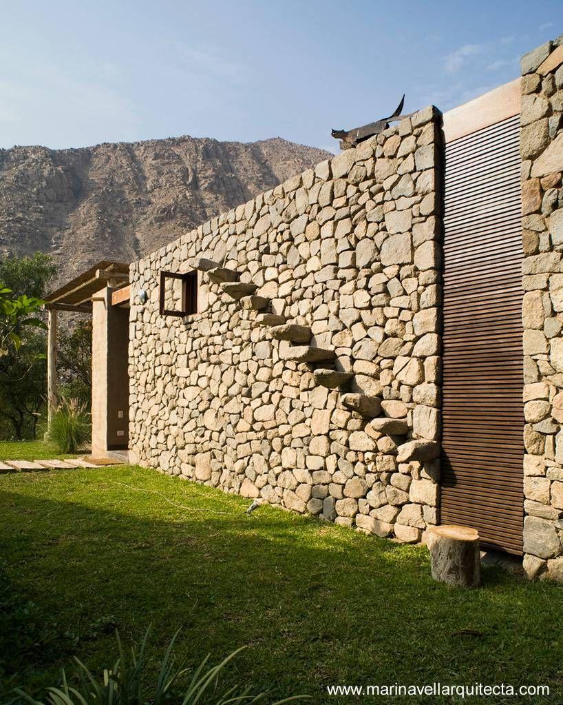 detalle del muro con escalones de piedra casa sustentable pinterest escalones de piedra adobe y casas rurales