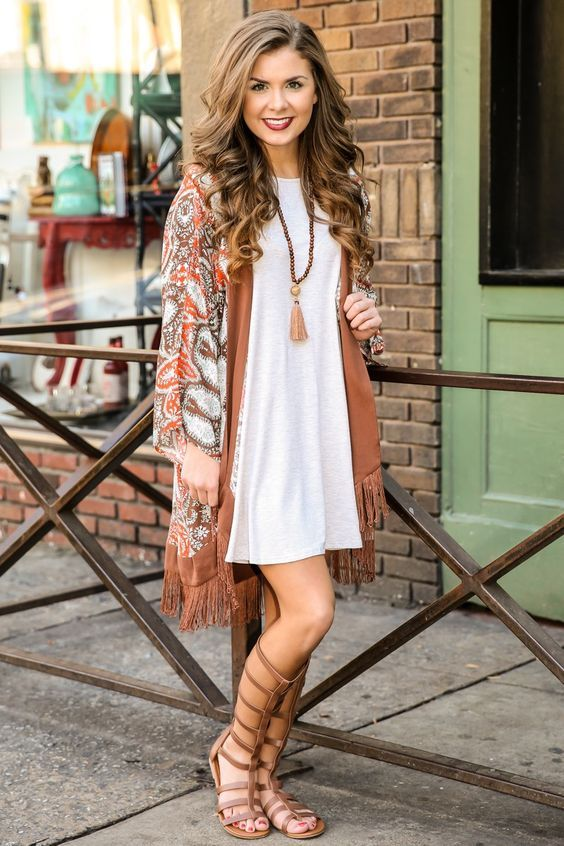 6340331b17 6 Colors to Wear for Your Summer to Fall Transition – Glam Radar White  Kimono Outfit