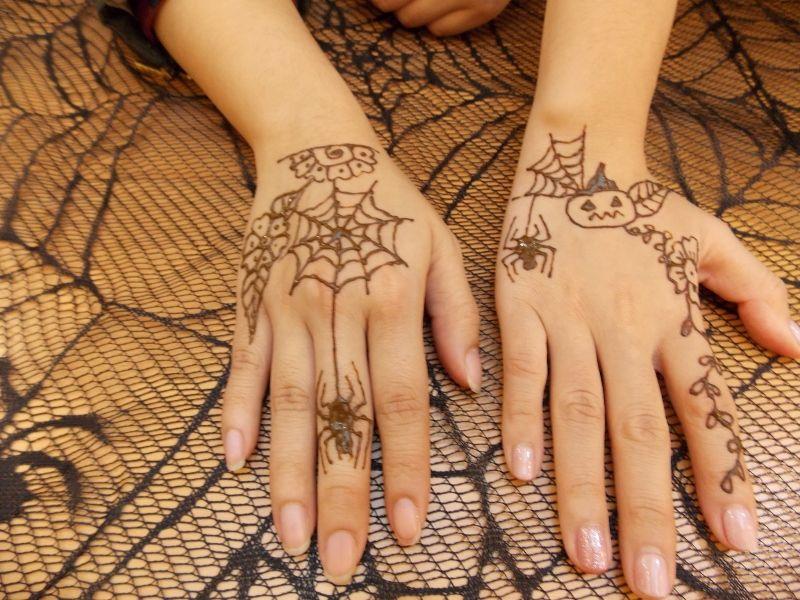 Halloween Henna Tattoo Artist For Hire 5 Cute Henna Tattoos Henna Tattoo Designs Cute Henna