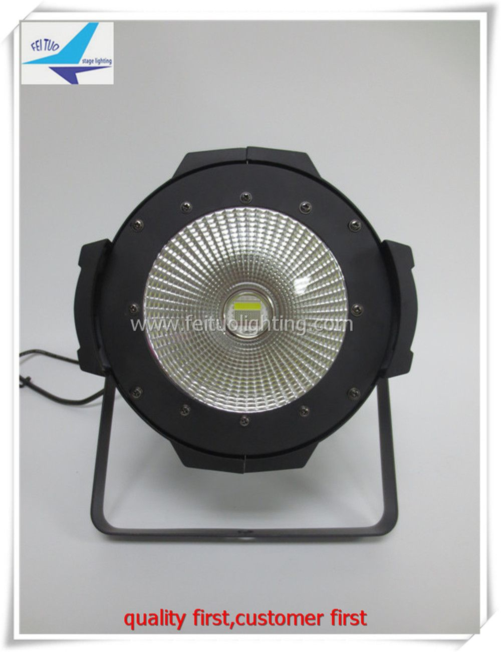 O 1xlot High Quality Stage Led Par Can Light 200w Warm White Or Cool White Indoor Cob Led Par With Images Commercial Lighting Led Stage Lights Stage Lighting