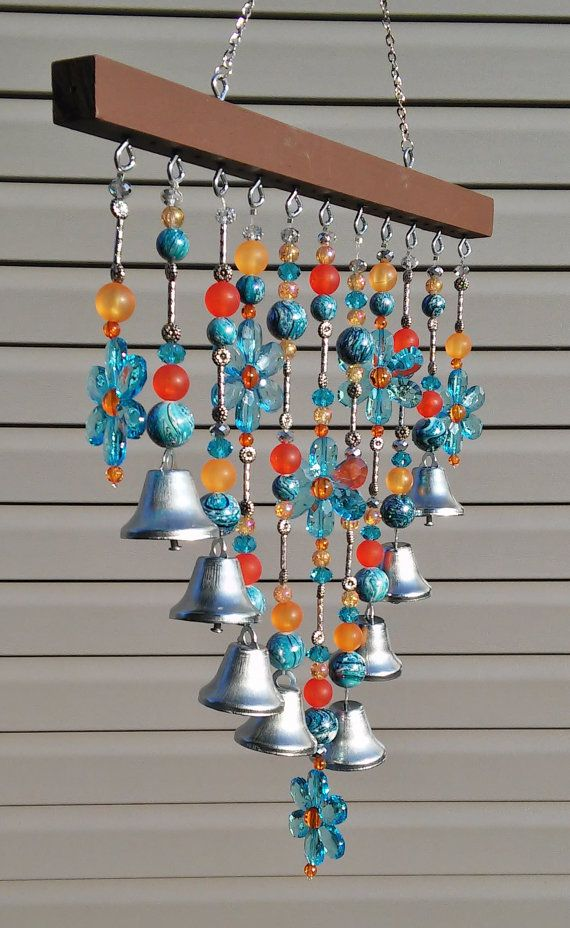 beaded wind chime sun catcher blue daisies and bells outdoor art or patio decoration une. Black Bedroom Furniture Sets. Home Design Ideas