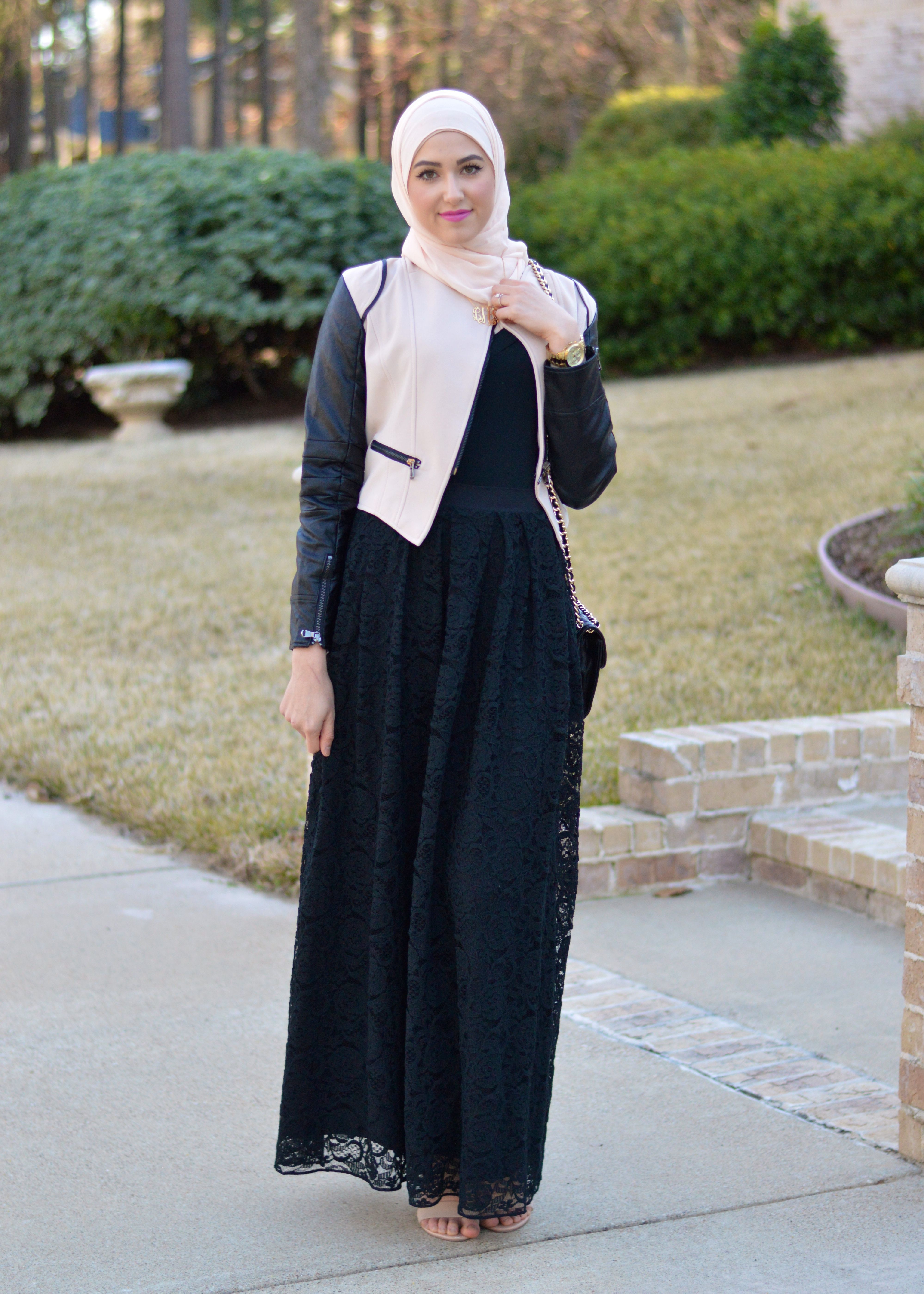 Leather jacket hijab - Like The Combo Of The Leather Jacket And Laced Dress