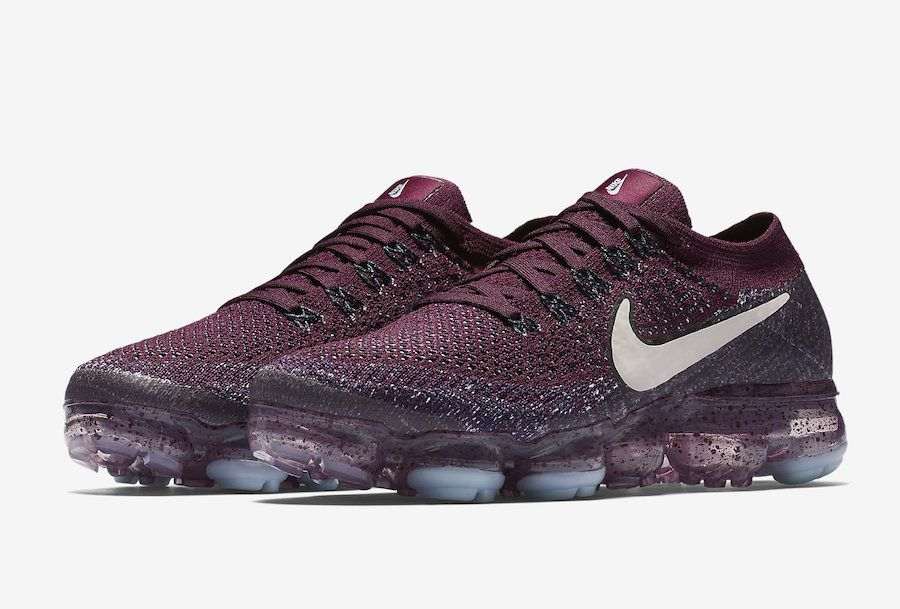 Chaussure Nike Air VaporMax Bordeaux and Desert Sand College