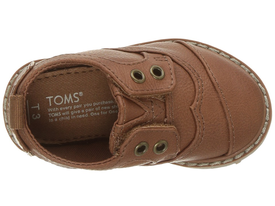 6f4fada0cb9 TOMS Kids Brogue (Infant Toddler Little Kid) Boy s Shoes Toffee Synthetic  Leather