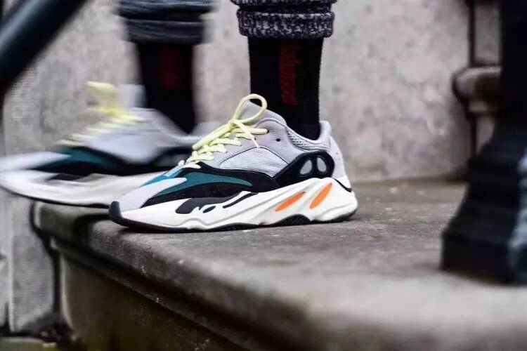 G5 Version yeezy 700 boost ready to