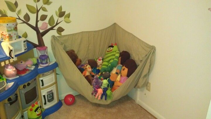 stuffed animal hammock made out of a twin size fitted sheet  stuffed animal hammock made out of a twin size fitted sheet    for      rh   pinterest