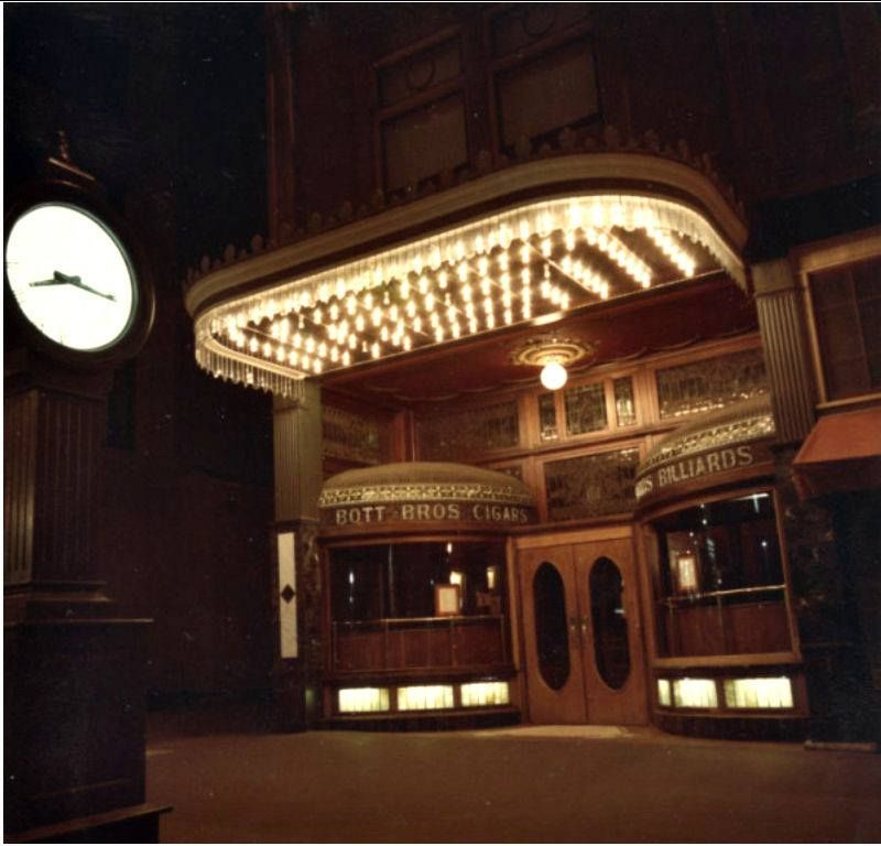 The 80's Version Of The Clock Restaurant At 161 North High