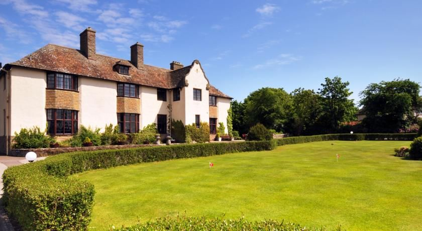 Pet Friendly Hotels B Bs Self Catering Holiday Cottages And Campsites In The Uk