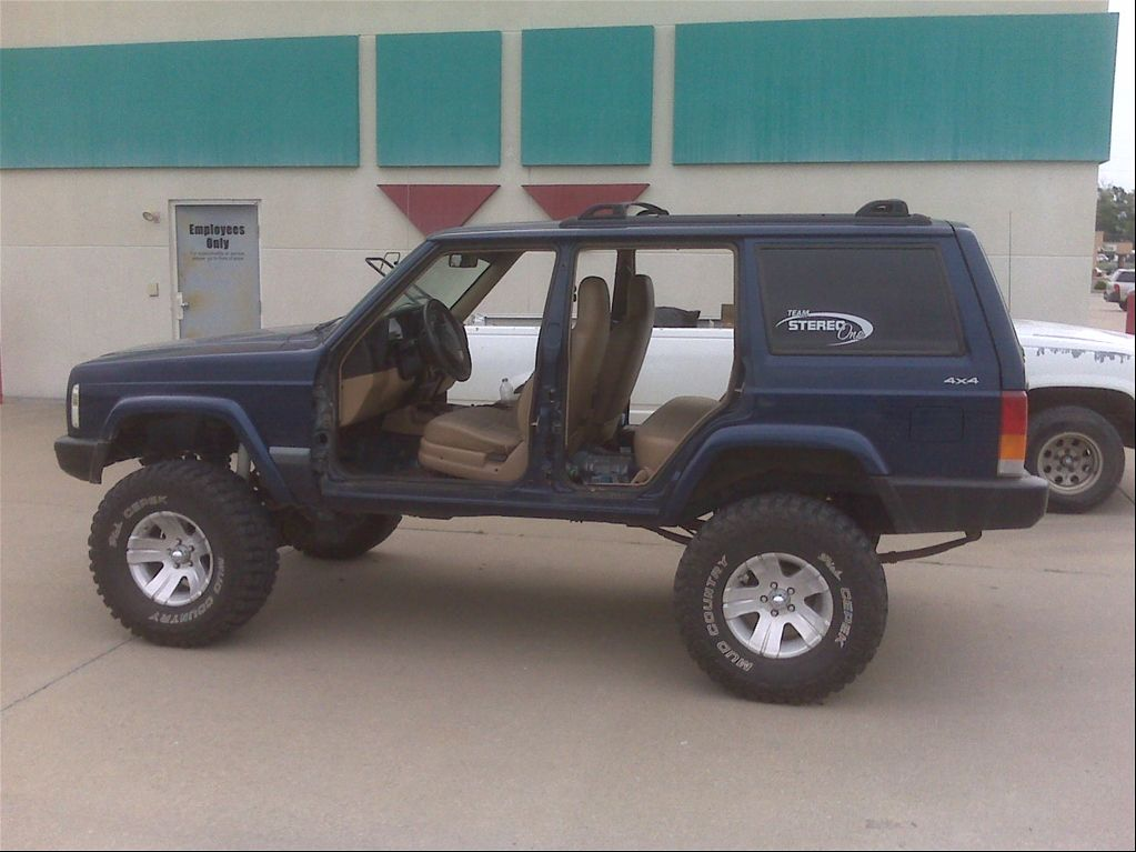Stereoonejeep S 2000 Jeep Cherokee Sport 2d In Glenallen Mo Jeep Cherokee Jeep Cherokee Sport Jeep Xj Mods