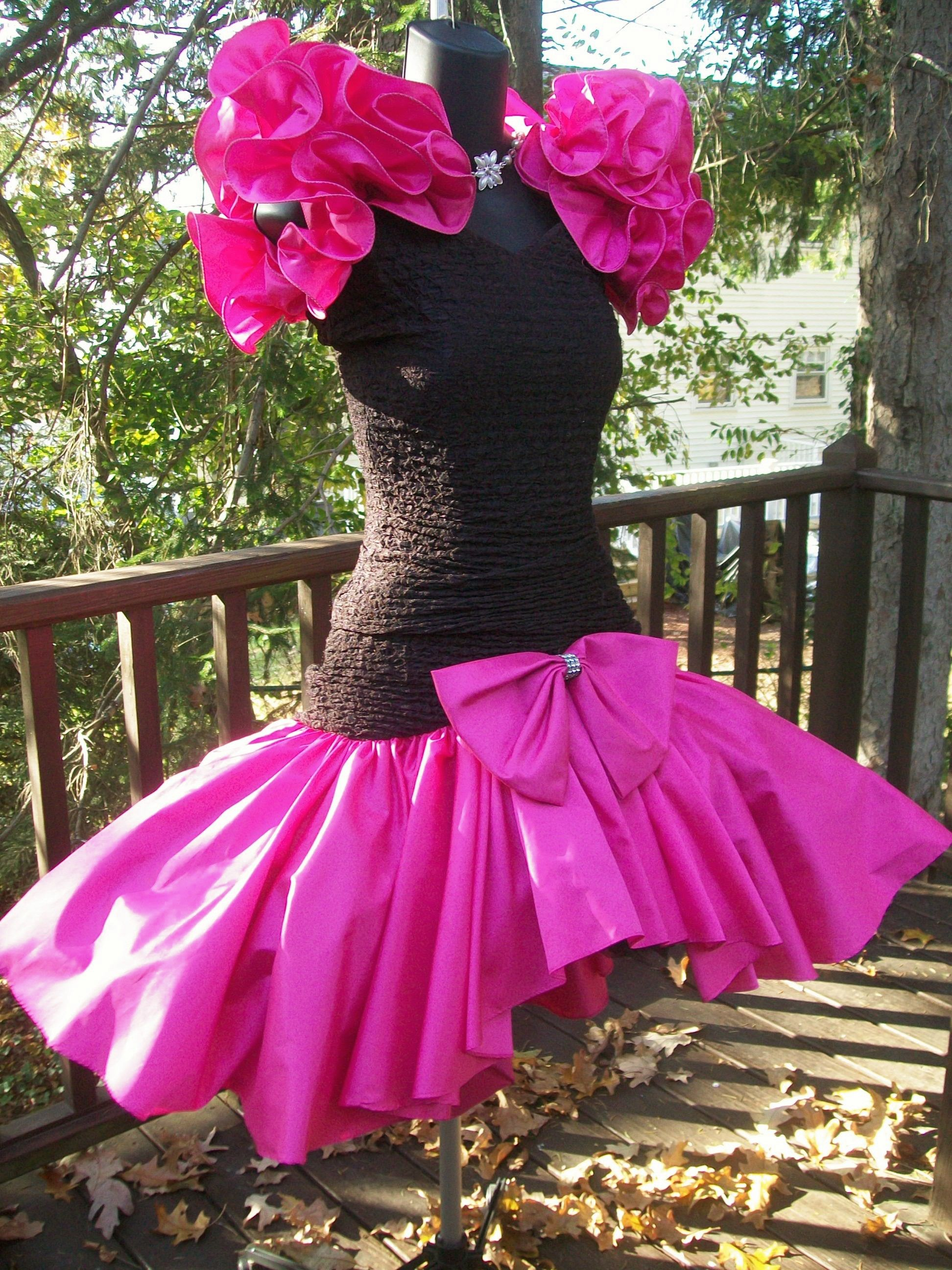 80s prom dress material girl. I actually kind of love this. | Dress ...