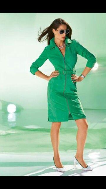 Pin de Cheryl Fladstol en Pretty clothes  70ec1157716