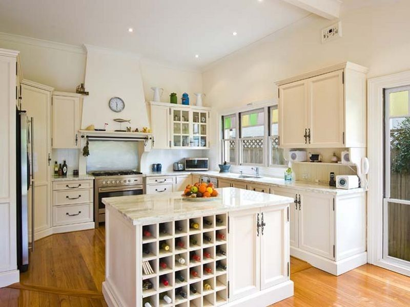Gallery For \u003e White Country Style Kitchens #42 kombuis Pinterest
