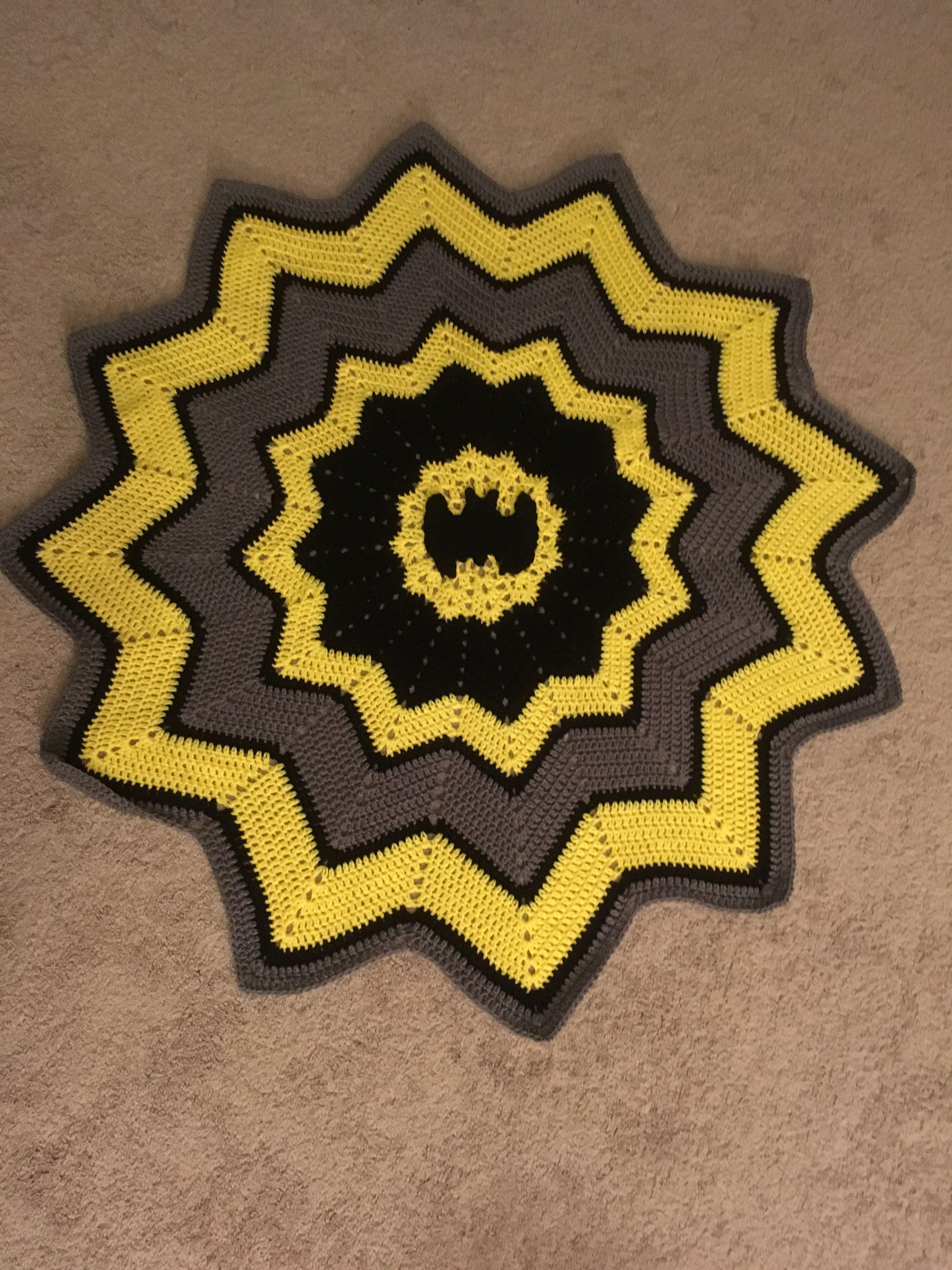 Crochet batman round ripple blanket crochet blankets pinterest crochet batman round ripple blanket bankloansurffo Images