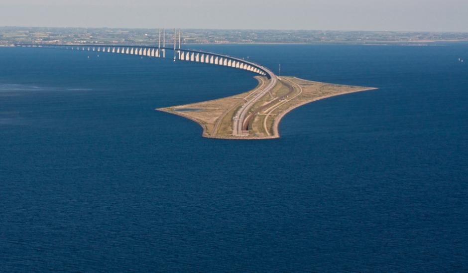 Looking From Denmark Towards Sweden Across The 2 5 Mile Long Undersea Tunnel To Oresund Bridge Miles