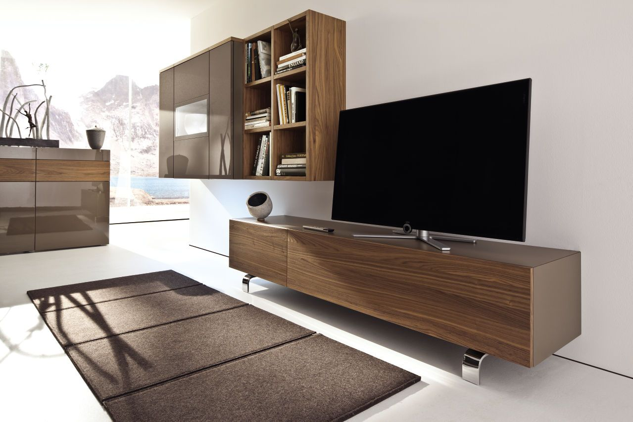 so setzt man den fernseher in szene mit neo wand konzepten von h lsta that is how you showcase. Black Bedroom Furniture Sets. Home Design Ideas