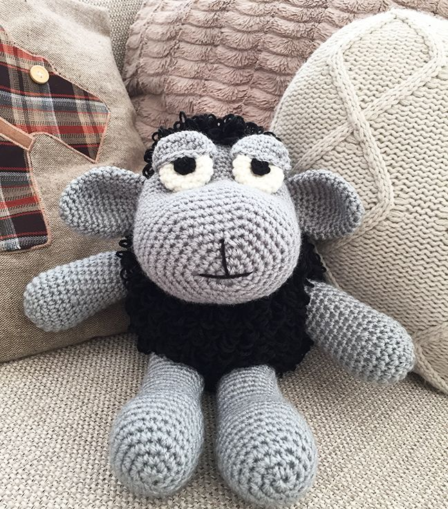 Hello fellow Happy Crocheters! Here comes my new free amigurumi ...