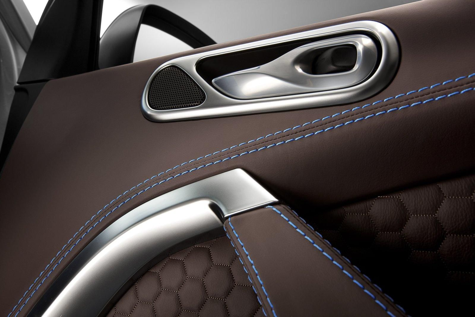 Auto Interieur Restauratie Aston Martin Cygnet And Colette Limited Edition Picture