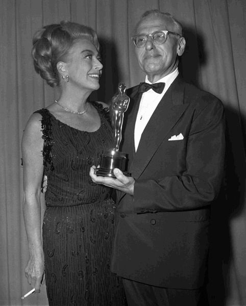 Joan Crawford and George Cukor at the Academy Awards | Joan crawford, My  fair lady, Hollywood