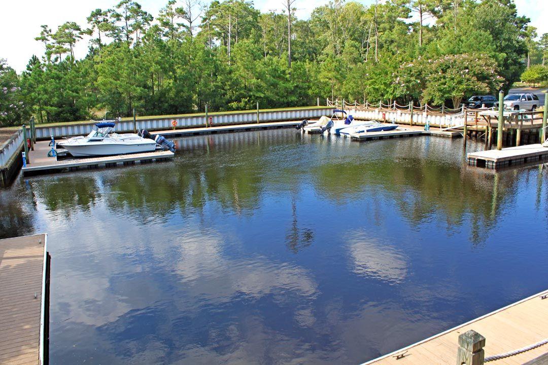 Boat dock & ramp at Winding River Plantation Brunswick