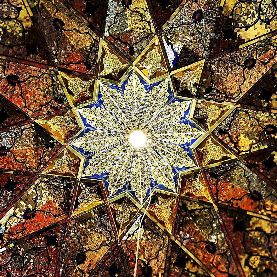 The Hypnotizing Beauty Of Iranian Mosque Ceilings Mosque Bored - The mesmerising architecture of iranian mosques