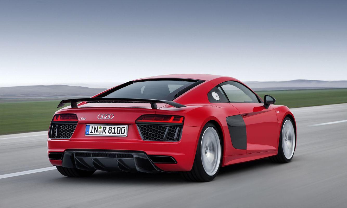 R8 V10 Plus No Turbo Nor Supercharged Bulls T Just 5 2 Liter 610hp High Rev V10 What S Not To Like Audi R8 V10 Plus Audi Cars Audi R8 V10