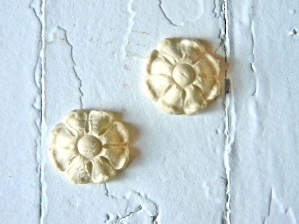 SET OF 4 FURNITURE APPLIQUES-STAINABLE-PAINTABLE-$5.95 NO LIMIT SHIPPING