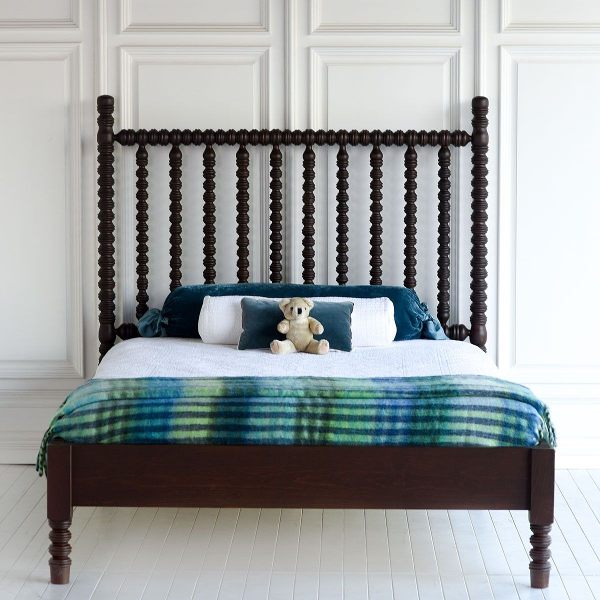 harriett spindle bed low footboard spindle bed bedrooms and house