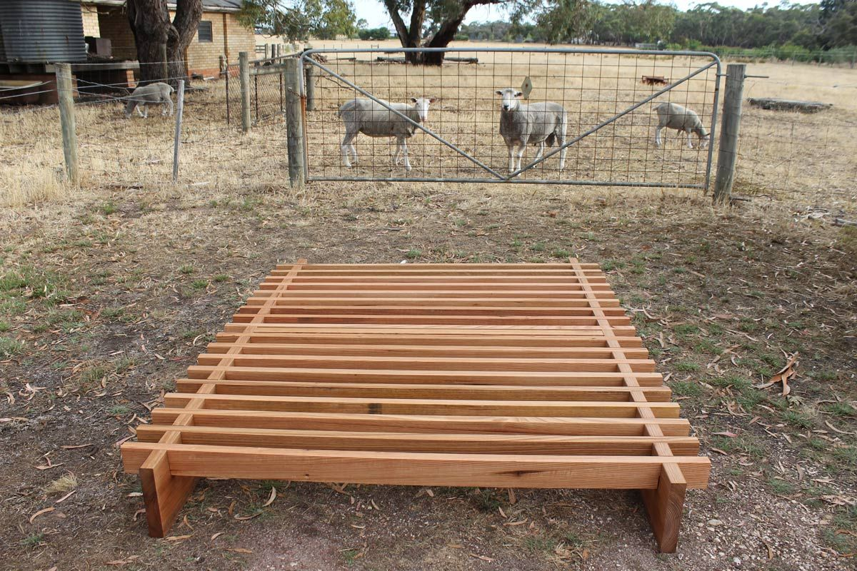 TIMBER SLAT BED Easy as mate. This simple slat bed is made