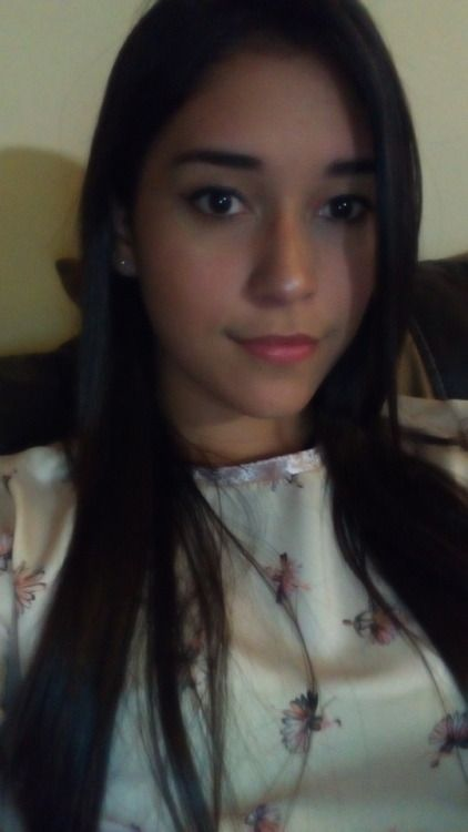 Pretty Hispanic Girls