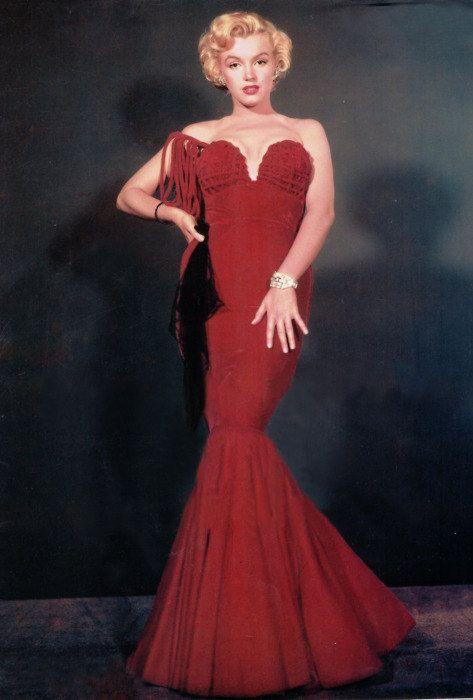 Marilyn Monroe\'s Red Velvet Formal One Shoulder by Morningstar84 ...