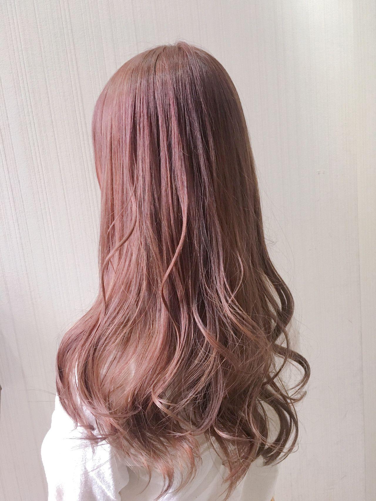 明るめ 暗めどっちも可愛い グレー系髪色で似合うコーデをご提案 髪 色 ヘアカラー ヘアスタイル
