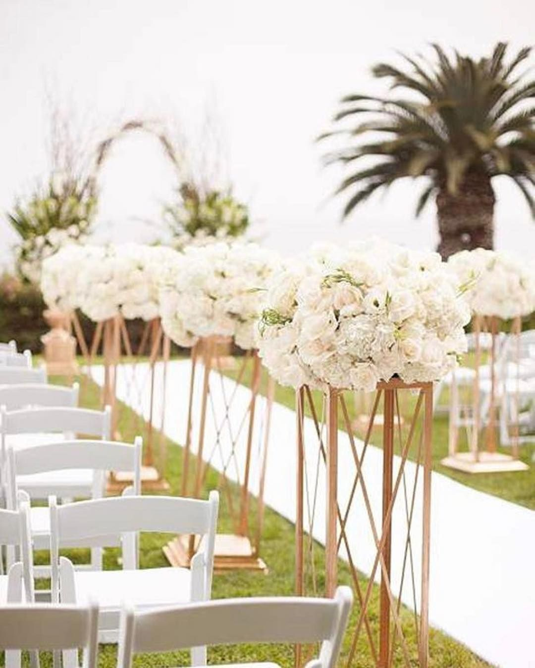Ilana Ashley Events In 2020 Tall Floral Arrangements Aisle