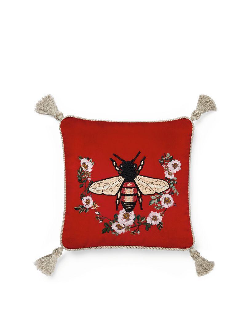 Gucci Home Collection Wohnaccessoires Bienenstickerei Und Kissen