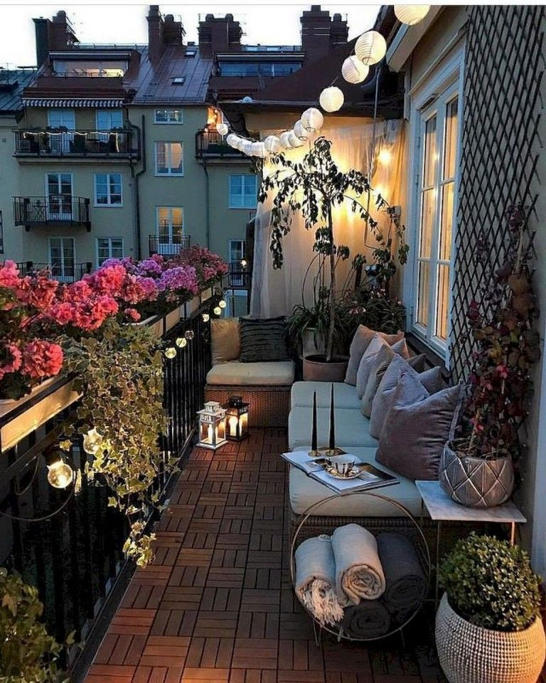79+ Top Small Apartment Balcony Decorating Ideas #apartmentbalconydecorating