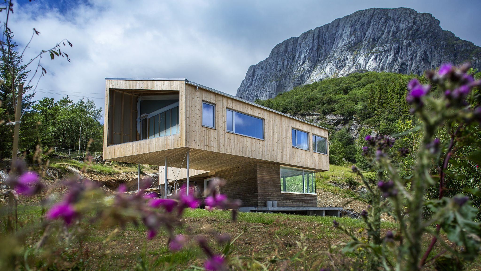 Ingrid Og Christian Bygde 380 Kvadratmeter Villa Samtidig Som De