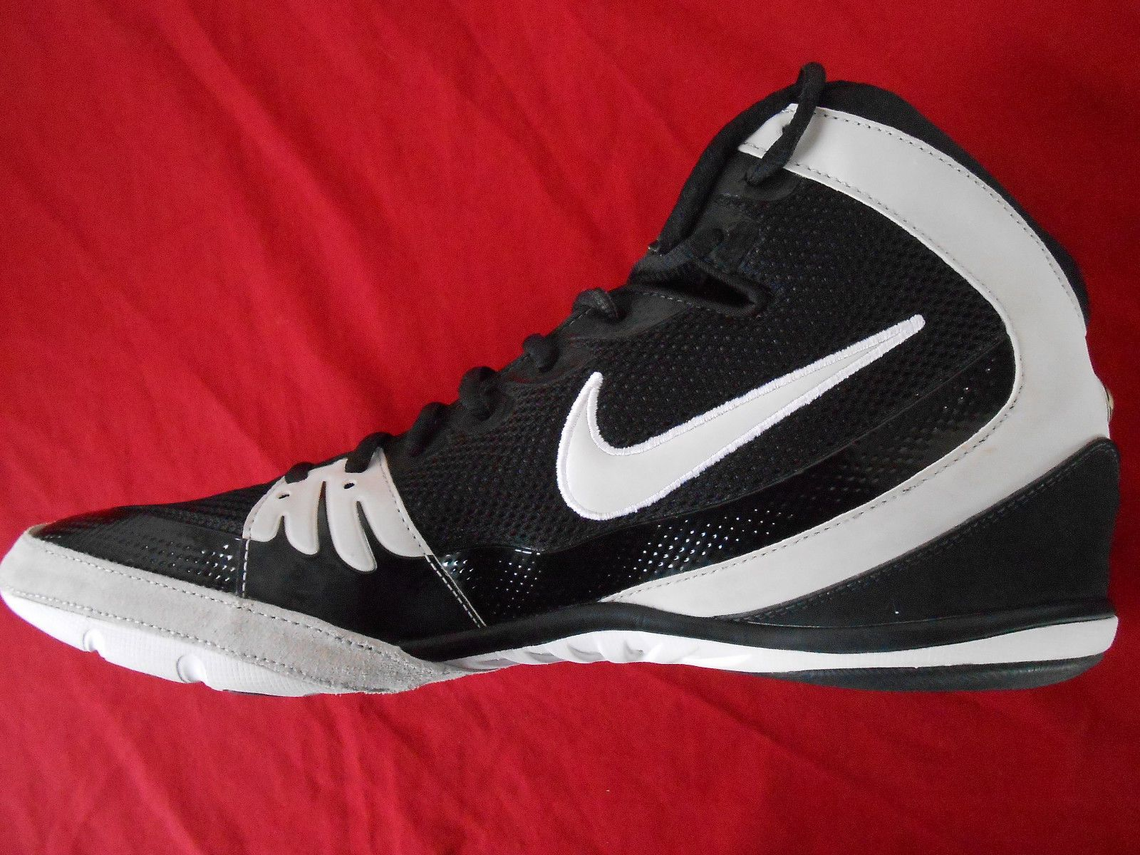 buy popular 9f5c5 9469d RARE Nike Freek Wrestling Shoes Size 12 5 Excellent   eBay