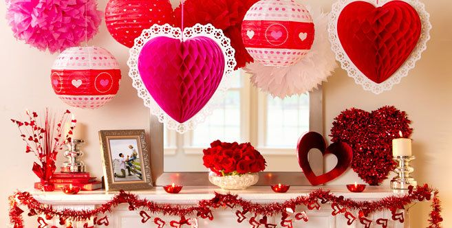 Love Is In The Air Valentine S Day Decorations And Decorating