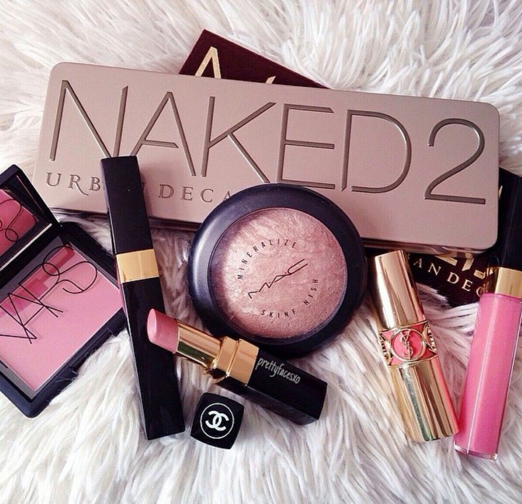 Highend makeup musthaves naked2 nars mac Makeup