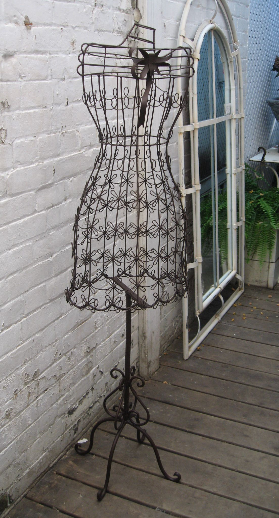 Wire dress | Mend and Make Do | Pinterest