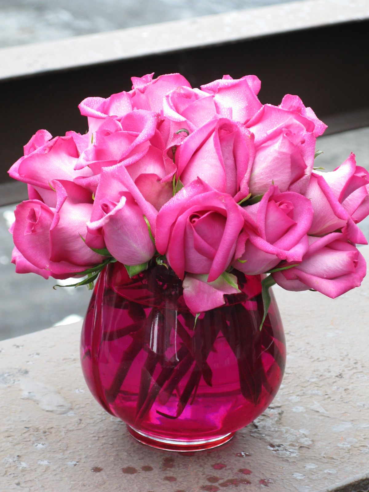 Is Hot Pink The Theme Color Of Your Wedding This Simple Yet Bright