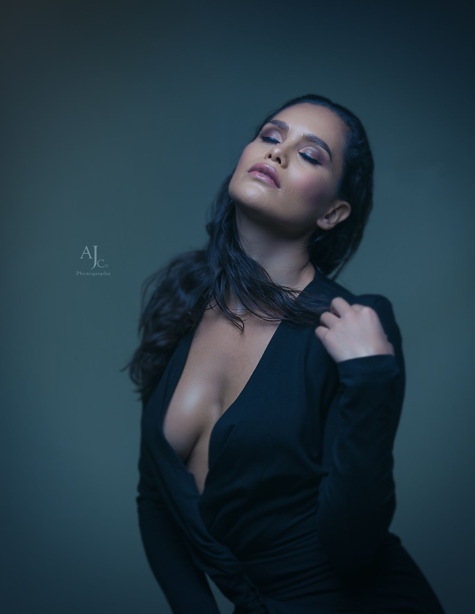Aless Stu - great shot with Alessandra one light  studio