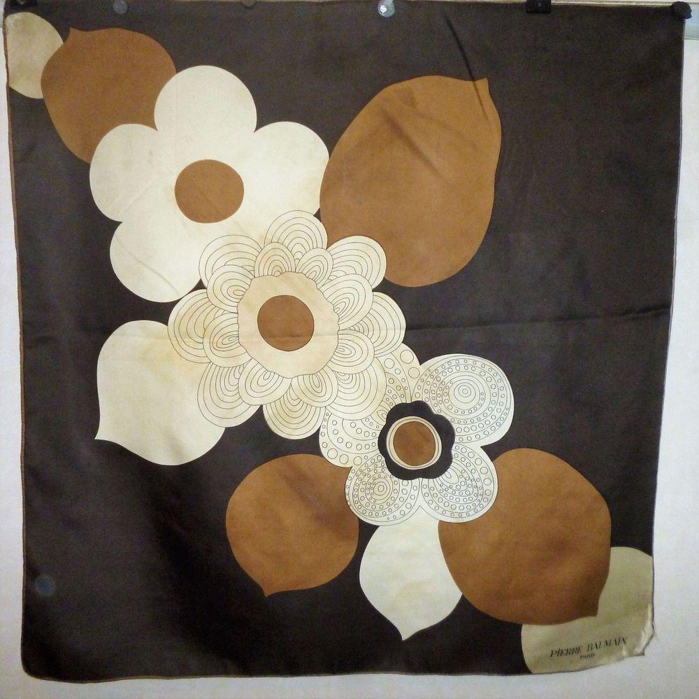 foulard soie PIERRE BALMAIN scarf silk   Pierre balmain, Balmain and ... 158f5fcfdd1